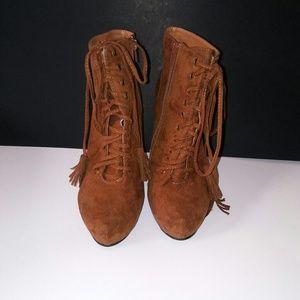 Torrid Sz 9 Suede High Heel Brown Booties